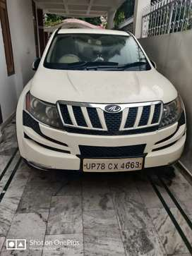 XUV500 1st Owner Showroom Condition