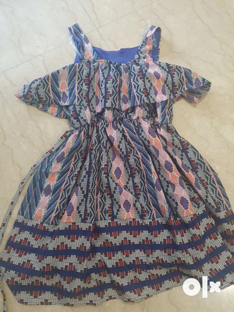 Girls summer Party FROCKS, ,giving away in good price.FOR 6 YEAR