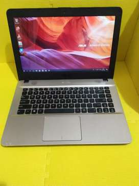 Di jual Laptop Asus X441B AMD A4-9125 (Hitam)
