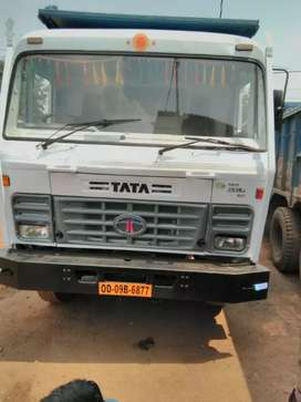 Top condition tata hyva 16cum