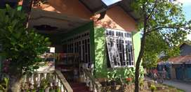 Rumah murah dekat jalan raya