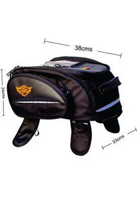 Never used GUARDIANGEARS Jaws 28L Magnetic Tank Bag for All Motorcycle