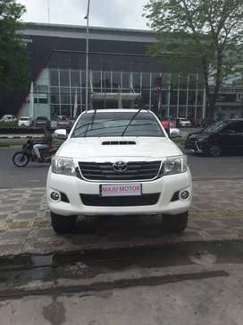 TOYOTA HILUX G 2015 PICK UP DOUBLE CABIN