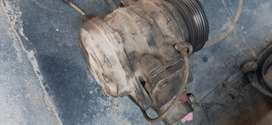 Compressor tractor pressor horn