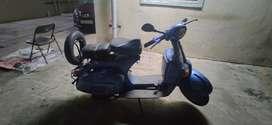 Bajaj Chetak 1998 model. Speedometer reset recently.tire/tube changed.