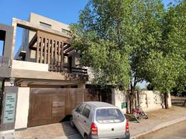 1 Kanal New Full House or Portion available on Rent Bahria Town Lahore