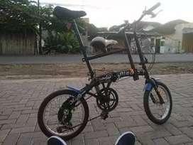 Dijual sepeda merk aleoca reng 16