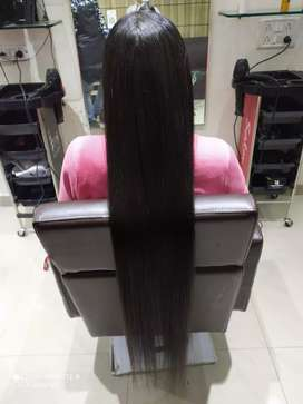 Need beautician girl for salon ...