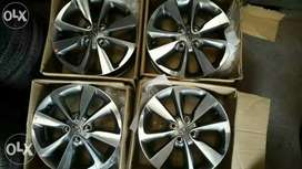 New i20 original alloy wheels brand new Whel in all cars
