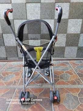 Stroller / roda balita