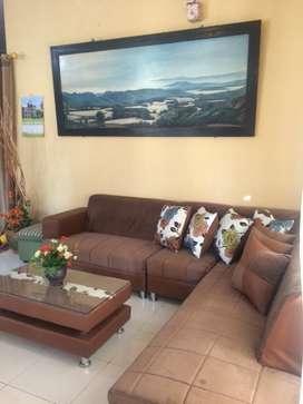 Sofa Minimalis dan Karpet Samira