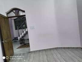 Without owner 1 room set kitchen washroom available vasant vihar