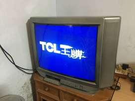 TCL 27'' TV