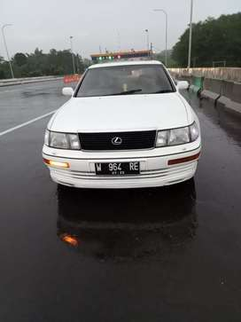 Lexus LS 400 th 1994 AT full original km 67rb istimewa warnajarang ada