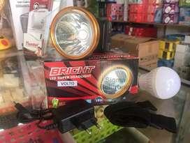 Lampu senter kepala 30 watt Volto bisa 10 jam. Bonus lampu led 10 watt