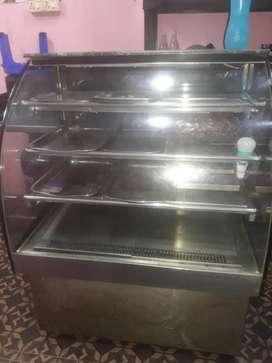 Ice cake counter
