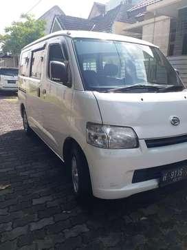 Grand max D 2016 minibus plat H tgn 1