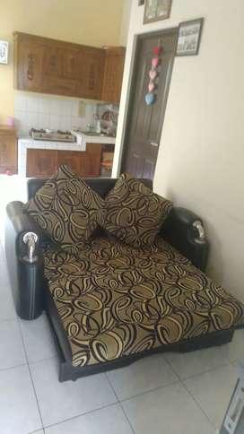 Sofa lipat barang masih bagus