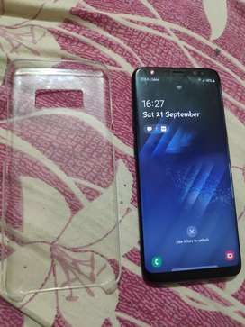 Samsung Galaxy s8 ,4 months old,all accessories available in brand