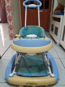 Baby Walker Family Terlaris anti terbalik bonus alat bantu jalan bayi