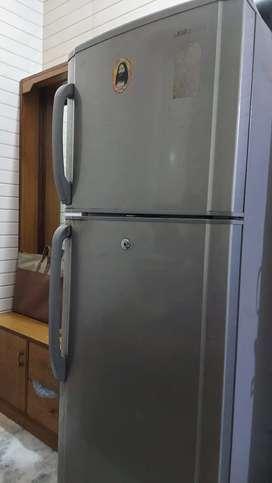 Samsung Refrigerator double door 265 Ltr