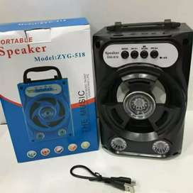 Speaker bluetooth, USB memory card ukuran 20cm x13cm