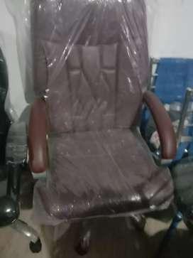 Brand New Fresh Office Chair Revolving Adjustable Hight
