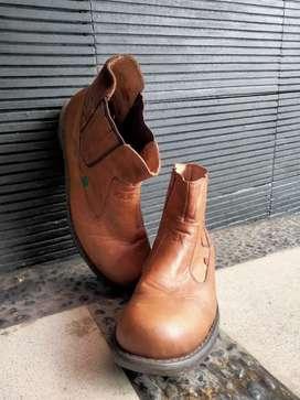 Sepatu Boots Pria Kickers Trekking Safety Boots