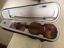 Brand new Violin with tuner (QBA)