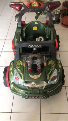 Mobil listrik anak