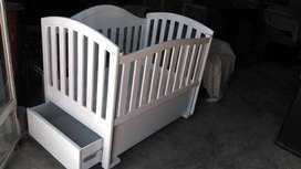 best baby cot size 2*4