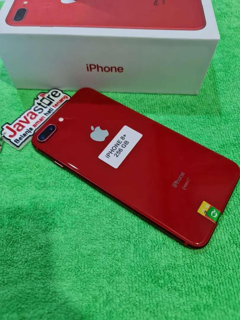 Iphone 8 plus 256GB warna red mulus 99%