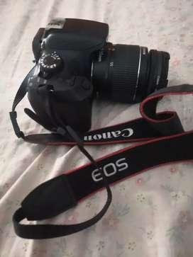 Di jual kamera DSLR 1300D