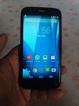 Very good condition Moto G 1st Gen with all accessories