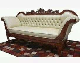 Furniture sofa santai ukir jati bahan jok kain oscar.