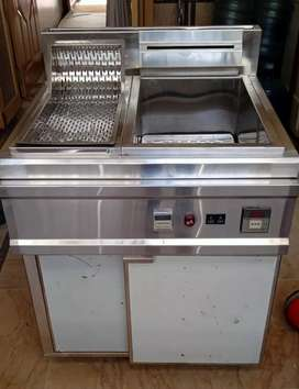 Deep fryer (fully automatic with digital meter)