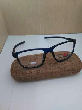 Frame Kacamata Model Kotak Warna Biru  Cocok Buat Pria