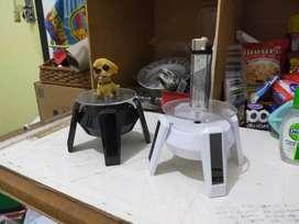 Pajangan Meja Putar Sensor Panel Surya Hotwheels Jam Tangan Miniatur