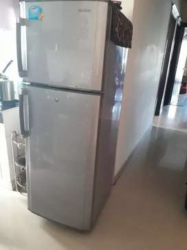 Fridge available for urgent sale in very good condition 280 ltrs
