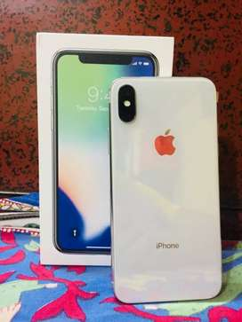 iPhone X 256 GB Silver Mint Condition