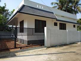 4 cent 900 sqft 2.bhk new build at edapally varapuzha kongorpally area