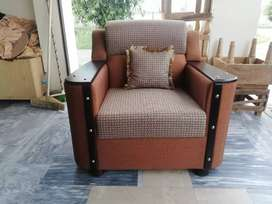 Full poshish sofa