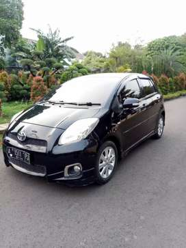 Toyota Yaris S limited at 2012 tdp 12jt angs 3.311 x 47