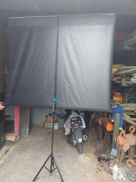Jual layar proyektor ukuran 2m x 1,5m