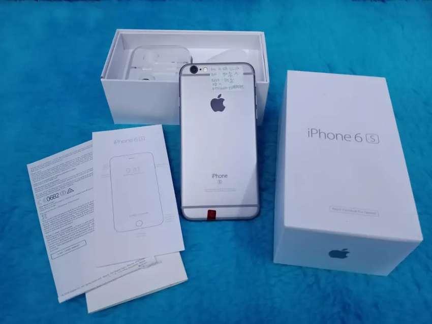 Iphone 6s 128Gb fullset ,mulus garansi 1bulan 0