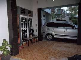 Dijual rumah cantik komplek Lingkar Barat