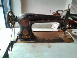 Sewing machine of Asha