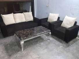 ATTRACTIVE  LOOKING Sofa Set Foam 32 Density  Structure Merranti wood