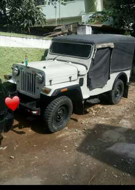Jeep in excellent condition, Just take and drive happily.
