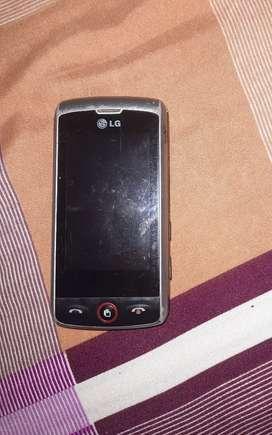 LG-GW520 3g phone